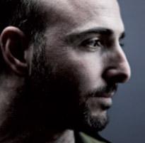 Frédéric Nevchehirlian donnera un concert pour la soirée slam